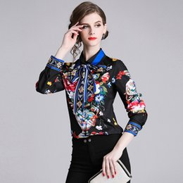Wholesale 2019 spring new printed shirt fashion retro blue and white porcelain POLO collar single breasted long sleeved shirt women s clothing