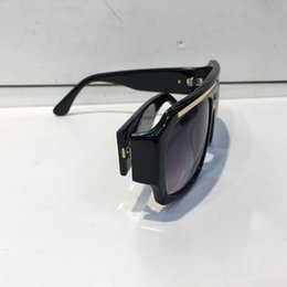 $enCountryForm.capitalKeyWord Australia - Wholesale- Men Brand Designer Fashion Wrap Sunglass Square Frame UV Protection Lens Carbon Fiber Legs Summer Style Top Quality Case