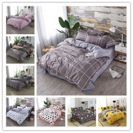 king size duvets sale Australia - Hot sale Modern Birthday Gifts Bedding sets AB Side Duvet Cover Set Classic Bed Linen set Queen Twin King Size