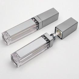 Yeni 7ml LED Ayna ve Işık ile Dudak Tüpler Kare Temizle Lipgloss Doldurulabilir Şişeler Konteyner Plastik Lipgloss Makyaj Ambalaj boşaltın