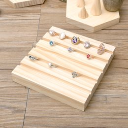 Rings Showcase Australia - [DDisplay]Creative Wooden Rings Display Stand Solid Wood Ring Organizer Display Nature Jewelry Holder Window Display Showcase