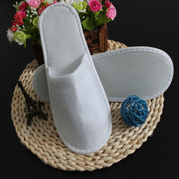 sandal sales wholesale Australia - Hot Sale-300pc=150pair unisex one-time scuffs slippers disposable shoe home indoor white sandals hotel babouche portable travel #Z198