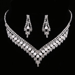 FEIS Luxury diamond imitation pearl multi-layer hollow out bride fashion accessories wedding necklace and earrings set from sapphire pearl rings manufacturers
