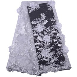 Discount wedding dress net tulle - Pure White African Lace Fabric 3D Flower High Quality 2019 French Tulle Lace Appliqued Nigeria Net Lace For Wedding Dres