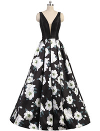 2019 Sexy Printed Flower Prom Dresses Evening Gowns V Neck Sleeveless Backless A Line Ball Gown Long Formal Party Dress