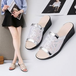 Cloth Nets Australia - Woman One Slipper Word Net Cloth Hollow Out Slope With Honor2019 Sandals