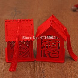 $enCountryForm.capitalKeyWord Australia - 100pcs Exquisite House Shape Wedding Candy Box Chinese Style Red Wooden Chocolate Candy Boxes Party Decoration