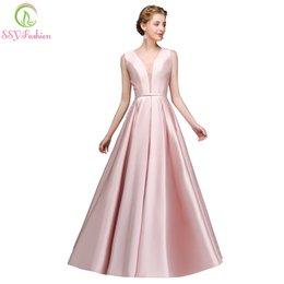 $enCountryForm.capitalKeyWord UK - wholesale Simple Pink Satin Evening Dress Banquet Beautiful Appliques with Bow Long Prom Gown Robe De Soiree Reflective