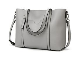 $enCountryForm.capitalKeyWord Australia - 2019 Fashion Ladies Transparent Mesh Chain Shoulder Bags Designer Brand Women Luxury Shopping Handbags Party Totes Bags free