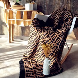Wholesale 127 CM F Letter Blanket Printed Knitted Blanket Bedding Knit thick thread Swaddling Home Sofa Carpet air conditione Towel cape LJJA2454
