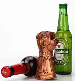 Wholesale Creative Multipurpose Infinity Thanos Gauntlet Glove Beer Bottle Opener Fashionable Useful Soda Glass Cap Remover Tool Household