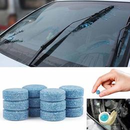 100pcs 1Pc = parabrezza 4L Acqua Cristalli Auto Glass Washer Window Cleaner Compact effervescenti Detergente Accessori auto in Offerta