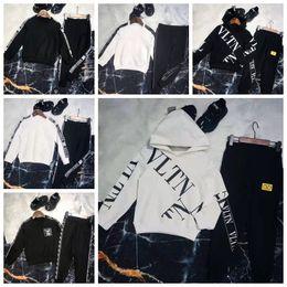 $enCountryForm.capitalKeyWord Australia - Kid Designer Clothes White Girls Fashion Winter Autumn Brand Cheap Clothing Set Black Classical Letter Designer For Big Boy Girl Sport Dress
