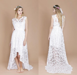 $enCountryForm.capitalKeyWord Australia - 2019 New Boho Lace Beach Wedding Dresses High Low A Line Short Front Long Back Bohemian Bridal Gowns Custom Size