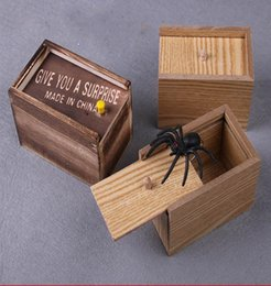 Black Jokes Funny Toys Australia - Wood Give You A Surprise Whole Person Joke Tricky Toy Scared Spider Wooden Box Funny Animal Stress Relief Toys For Fool's Day