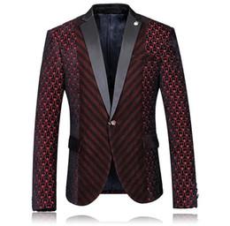 Оптово-Ницца Высокое качество Дизайнер Мужчины пиджак Сердце вино Красного цвета Одной кнопки Свадебный пиджак Мода Slim Fit Мужская Бургундия пиджак на Распродаже