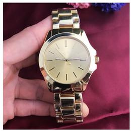 $enCountryForm.capitalKeyWord Australia - Classic model man Watch Luxury silver Stainless steel Quartz wristwatches designer style popular modern watch Male clock High quailty