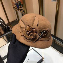 Really Dresses Australia - Cashmere hat, elegant and perfect with the dress, the details and matching are praise, the whole hat is really good