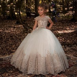 $enCountryForm.capitalKeyWord Australia - 2019 Ball Gown Flower Girl Dresses for Weddings with Lace and Sequins Big Bow Back First Communion Dresses for Girls 2017 Ball Gown Flower