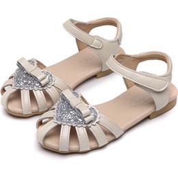 $enCountryForm.capitalKeyWord NZ - Girls sandals kids sequins love heart Bows princess shoes children hollow round toe flat shoes summer kids non-slip beach sandals F6314