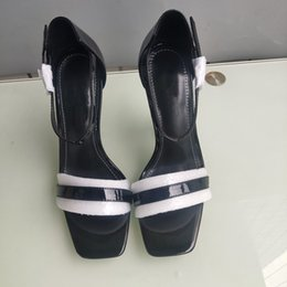 EuropEan high hEEl shoEs online shopping - The new European luxury style classic high heeled sandals lady shoes fashion shoes Paris supermodel catwalk buckle rubber outsole