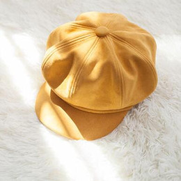 b5e0f24dd60984 RetRo beRet online shopping - Autumn and winter fashion beret retro newsboy  hat suede duck tongue