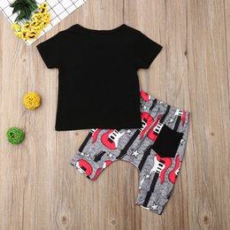 cool baby clothes UK - Cool Summer Kids Baby Boy Clothes Sets Letter Short Sleeve O-Neck T-shirts+Printed Shorts Cotton 2Pcs Baby Boy Outfits 1-4Y