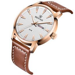 Alloy steel products online shopping - Fashion New Product Wrist Watch Man Quartz Waterproof Calendar Concise Hand Mounting invicta watches men luxury brand Genuine