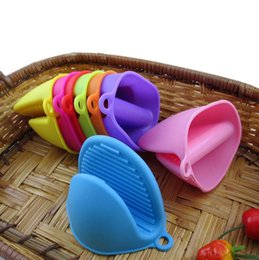 silicone microwave bowl NZ - Silicone Heat Resistant Glove Clip Anti-slip Pot Bowl Holder Clip Insulation Glove Mitts Microwave Heat Resistant Kitchen Accessories LXL292