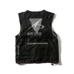 $enCountryForm.capitalKeyWord Australia - 2019 Men Hip Hop Jacket Vest Style Multi Pockets Vest Harajuku Streetwear Buckle Bomber Waistcoat