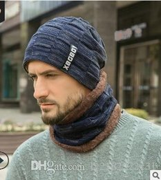 sun suits Australia - Winter hat pullover hat scarf suit with wool and thick wool hat for men in Europe and the United States