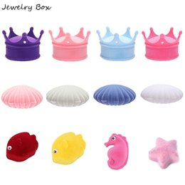 Discount display animals - 1 Pcs Shell Crown Animal Shape Lovely Velvet Wedding Engagement Earrings Ring Box Jewelry Display Case Holder Gift boxes