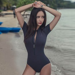 $enCountryForm.capitalKeyWord NZ - Hot New Sexy One Pieces Swimsuit Front Zipper Swimwear Women Bathingsuit Korean Style Half Sleeve Wetsuit Triangle Body Y19072601