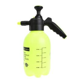 74e49d77fc2 Pulverizador 2L Presión Portátil Botella de Spray Jardín Caldera Planta  Flores Rociador Presurizado Pulverizador Herramientas de Jardinería