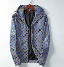 Wholesale flower jackets for sale – winter Italy Mens Designer Jackets M reflective printing Luminous old flower mens coats Long section Top quality Brand jacket Hooded windbreaker