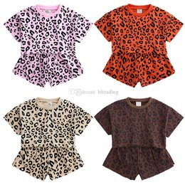 $enCountryForm.capitalKeyWord NZ - kids designer clothes girls Leopard outfits children short sleeve Tops+shorts 2pcs set 2019 summer fashion Boutique baby Clothing Sets C6604