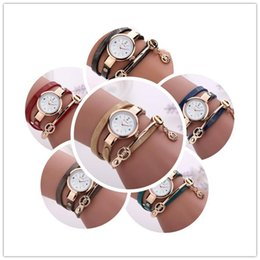 $enCountryForm.capitalKeyWord NZ - PU Leather Watch for Woman Analog Alloy Bangle Dress Watch Skull Valentine's Day Present Mother's Day Gift Xmas Christmas Gifts