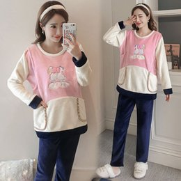 e8b647e0c3871 2019 maternity clothes winter fashion flannel thickening pregnant women  suit plus velvet breastfeeding suit sheep