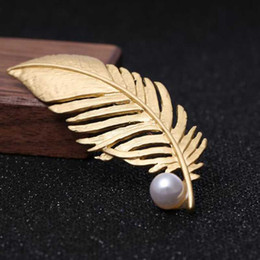 silver plants Australia - Wholesale Retro Plant Leaf Pearl Brooch Pins Matte Gold Silver Brooches Scarf Clips Women Men Suit Lapel Pins Accessories Jewelry