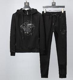 $enCountryForm.capitalKeyWord NZ - 2019 Brand Designer Leisure suit men and women Winter new fashion Sports suit High-quality clothing #065