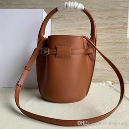 $enCountryForm.capitalKeyWord Australia - Women Handbags Fashion Bags Designer Hand bag Female Casual Crossbody Bags Women Girl Fashion Simple Excellent Quality Soft Versatile