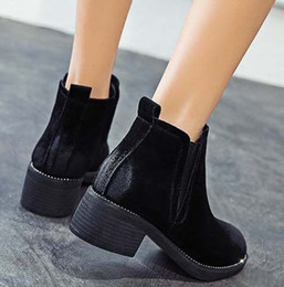 ankle chain pumps UK - 2019 Latest Women Leather Flat Boots Classic Jumble Ankle Boot Lady Casual Shoes in Clafskin High heel Pumps with Box Size:35-40 JK94