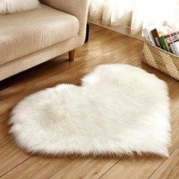 Moderna casa a forma di cuore solido peluche tappeto bianco, vino rosso, rosa chiaro, grigio, rosa rossa, rosso 5-6 cm / 2.0-2.4 pollice