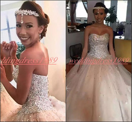 Coral Bride Beads Australia - Bling Bling Crystal Beads Wedding Dresses Sweetheart Sleeveless African Plus Size vestido de noiva Arabic Bridal Gown Ball Country Bride