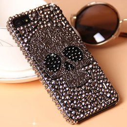 Per iPhone XS Max XR 3D Cool Punk Spikes Borchie Rivet diamante Bling Capa Case per Samsung Galaxy S8 S9 Plus Note 8 9 Casi