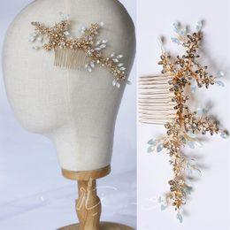 $enCountryForm.capitalKeyWord Australia - 14*7 cm Bridal Wedding Rhinestone Crystal Flower Comb Tiaras Headpiece Hair Accessories Hairpins Hair Clip Birthday Gift Handmade Jewelry