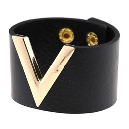 $enCountryForm.capitalKeyWord UK - Cheap Cuff Bracelets KMVEXO Europe Fashion Leather Bracelet Bangle Simple All-Match OL V Word Wide Bracelets For Women 2018 New Hand Men