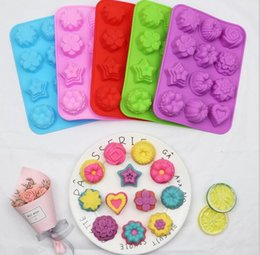 flower shaped silicone cupcake UK - Flower shape Muffin case Candy Jelly Ice cake Silicone Mould Mold Baking Pan Tray Silicone Muffin Cases Cake Cupcake Nonstick Liner 5colors