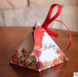 $enCountryForm.capitalKeyWord Australia - Free shiping 100pcs lot High-quality Pyramid Candy Boxes Wedding favors Gift Box Wedding Party Favor Decoration Gift Wrap packing
