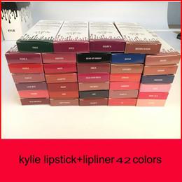 Großhandel Neuer Strumpf! Neueste Kylie Lip Kit von Kylie Lipgloss Lippenstift 42 Farben Antihaftstift Stift Lippenstifte 1Set = 1 Lippenstift + 1Lipliner